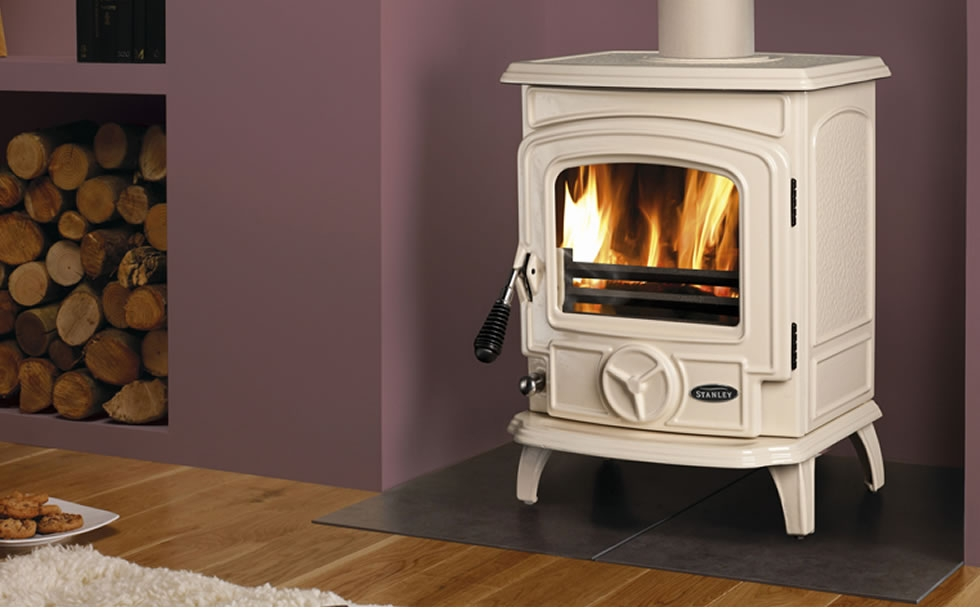Stanley Cream Enamel Stove On Display