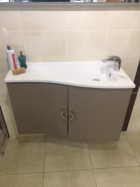 Delta vanity unit CBF7