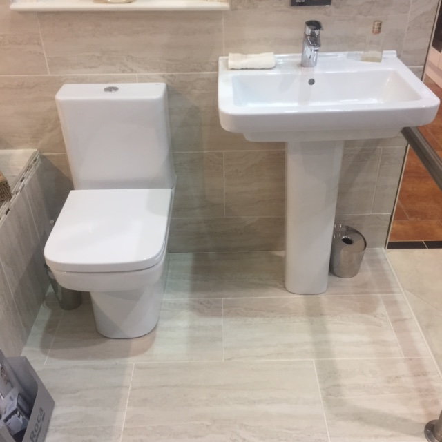 Roca basin toilet cbs2 kildress plumbing omagh for Roca dama toilet
