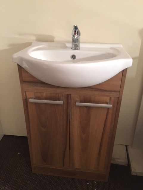 Walnut vanity unit CBF15